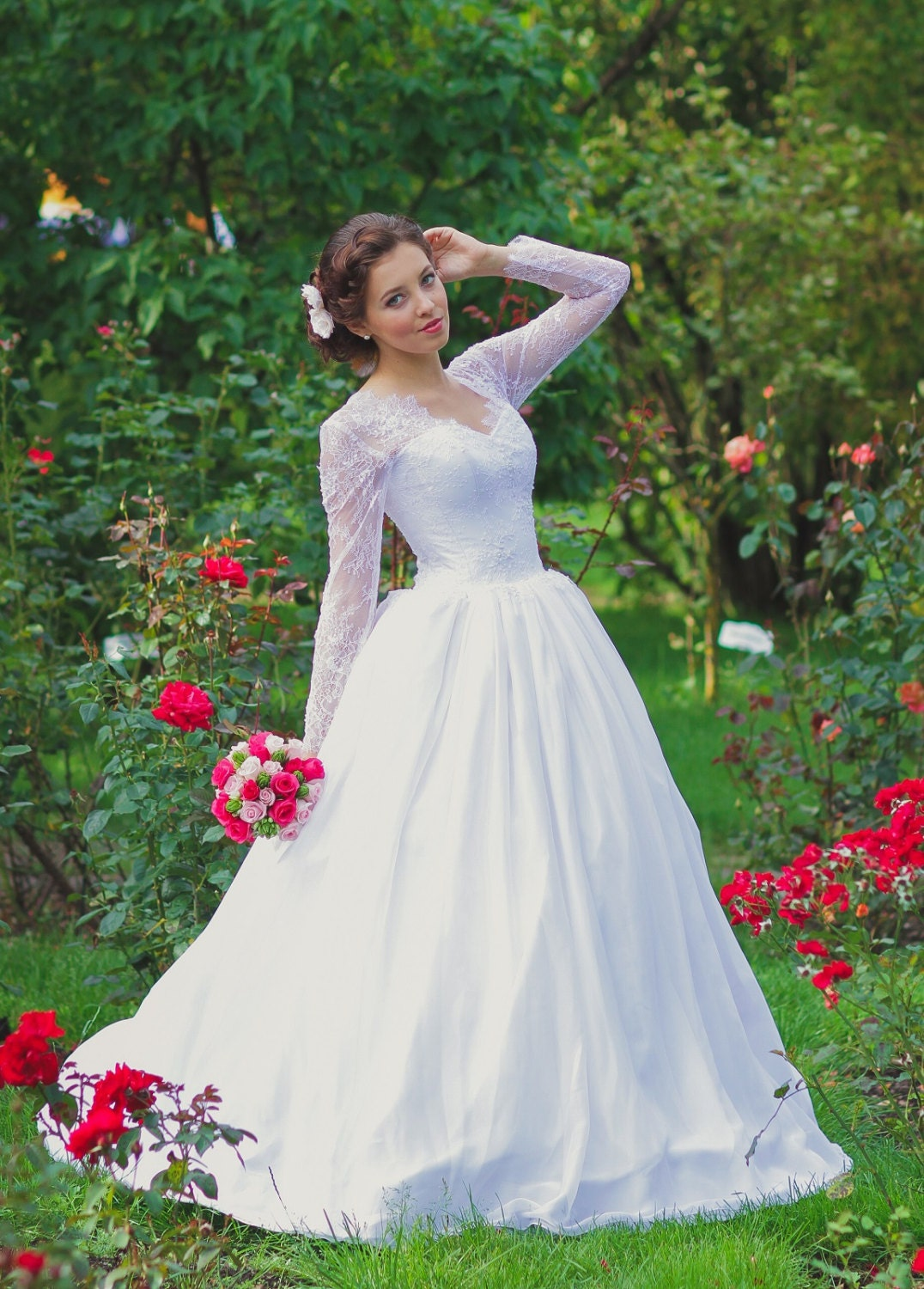 Vintage Inspired Chiffon White Wedding Dress with French Lace