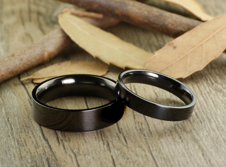 handmade black flat plain matching wedding bands couple rings. Black Bedroom Furniture Sets. Home Design Ideas