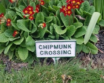 Chipmunk Crossing Garden Sign