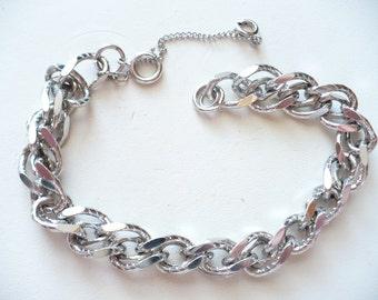 Vintage Silvertone Textured Double Chain Link Bracelet