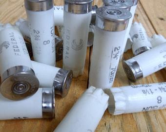 Shotgun shells/empty shotgun shells/white shotgun shells/wedding boutonnieres / White Federal Top Gun 12 gauge shotgun shells