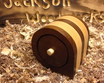 Bandsaw box with flocked interior