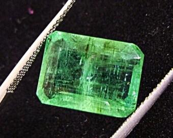 Beautifull 100% Natural 8.45cts Colombian Emerald