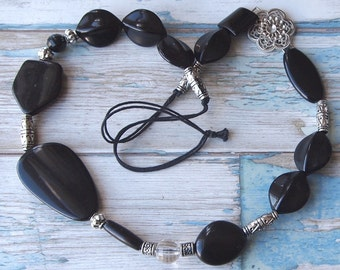 Stunning chunky black and silver tone bead vintage necklace strung on black cord