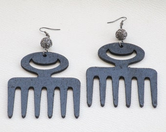 Black Adinkra Duafe Comb with Steel Gray wire ball earrings