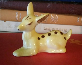 Vintage Small Ceramic Yellow Fawn/Baby Deer Laying Down/Spotted Fawn/Kitschy/Cottage Chic/Mid Century/Nursery Decor