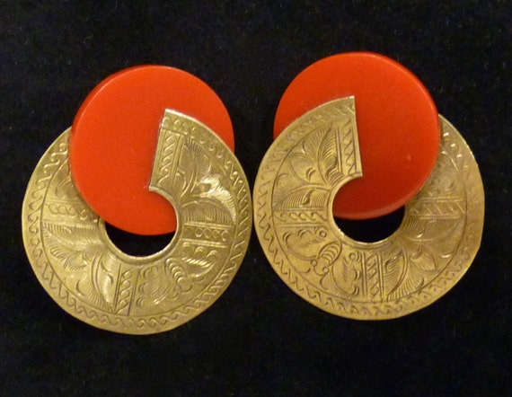 Price Reduction ~ASIAN STYLE EARRINGS ~ Red Disc with Brass Surround ~ Vintage