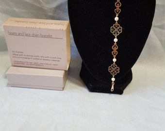 """Hearts and Lace Chain Bracelet 7 1/8"""""""