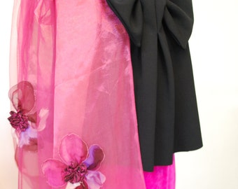 Organza and tulle stole with fabric flowers applied