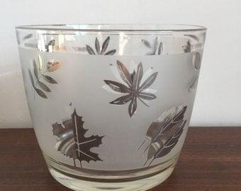 Grey Leaf Serving Bowl