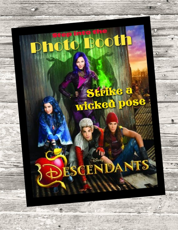 Disney Descendants Photo Booth Sign