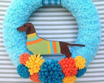 Dog Wreath, Dachshund Wreath, Doxie Dog Wreath, Dog Sweater Wreath, Yarn Wreath, Blue Dog Wreath, Blue Yarn Wreath, Puppy Wreath