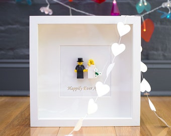 Mr & Mrs Lego wedding picture