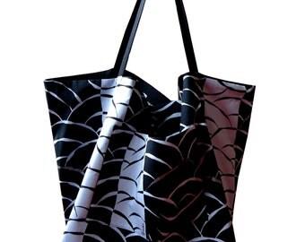 Fumiko tote bag waves seigaiha black, blue and silver
