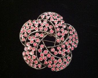 Antique Weiss Pink Flower Brooch