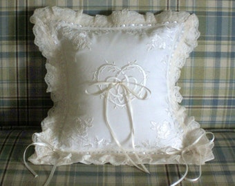Wedding Ring Pillow Ring Bearer Pillow Boudoir Pillow Bridal Pillow Lace Pillow White Pillow Wedding Supply