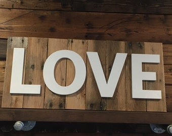LOVE Pallet Wood Sign ***PRICE REDUCED***