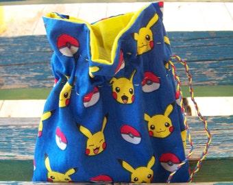 Pikachu Dice Bag with Dice