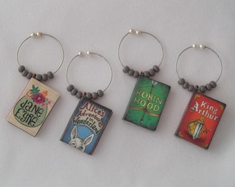 Classic Books / Set 2 Wine Charms  - Alice in Wonderland, Robin Hood, Jane Eyre and King Arthur