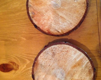 """Log slices or rounds pine 1""""thick 6 to 7 in round , cut log rounds"""