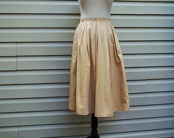 VINTAGE 1950s Beige Full Skirt