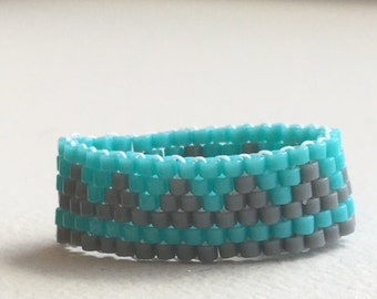 Turquoise and Gray Peyote Ring