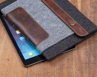 Felt iPad Mini Case with Felt Pocket and button closure. Leather Cover for iPad Mini 1 2 3 4. iPad Mini Sleeve Bag with felt & leather