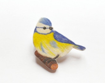 Brooch blue tit