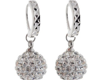 Elegant crystal earrings