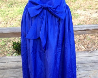 Navy blue mid long skirt
