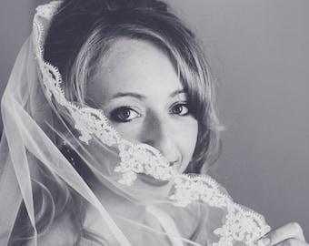 Fingertip Tulle Bridal Wedding Veil White or Ivory