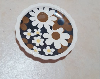 vintage black white and gold floral daisy coaster - ring dish