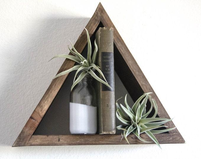 Single Triangle Wood Shelf