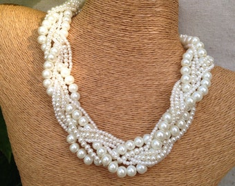 Chunky pearl necklace, braided pearl necklace, ivory pearl bridesmaids necklace, pearl necklace, bride necklace, statement necklace, pearls