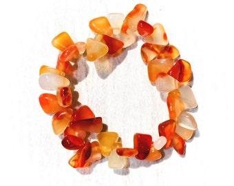 Carnelian Chips Elastic Bracelet