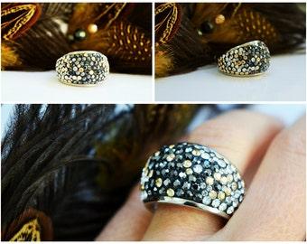 "Ring with Swarovski crystals  ""Golden Night"""