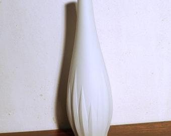 Porcelain vase by Hutschenreuther, matt white, 80s, white