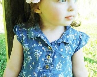 Light pink crochet flower applique/hair pin