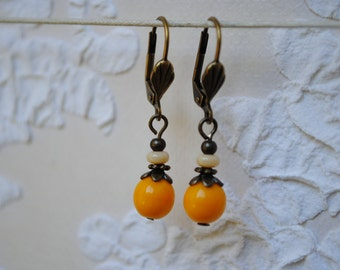 Yellow round Pearl Earrings