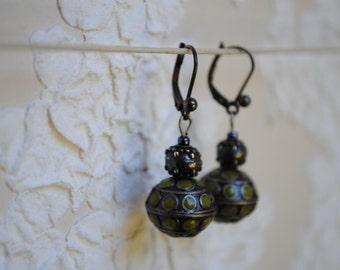 Ethnic small earrings