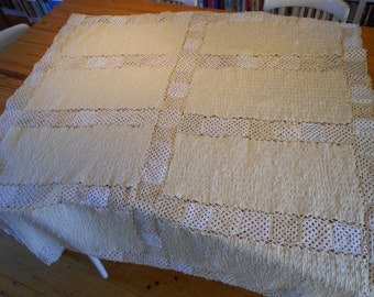 Crochet blanket white