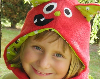 Red Monster hat with scarf fleece size 6/12 years old