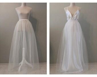 Tulle wedding skirt, wedding overskirt, overskirt, wedding skirt, wedding dress, detachable wedding skirt, tulle skirt, white tulle skirt.