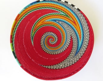 African Zulu woven telephone wire bowl – Medium shallow bowl - Red and multicolour