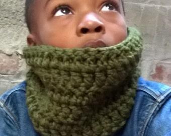 Kids Chunky Crochet Cowl