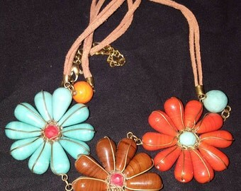 Beautiful Flower beaded thong necklace