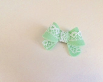 "Mint Green with lace ""Helen"" bow - small - headband - alligator clip"