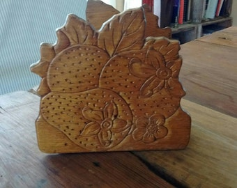 Vintage-pressed-wood-strawberry-napkin-holder