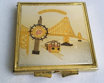 Beautiful Gold Tone SAN FRANCISCO Souvenir Compact Pocket Mirror
