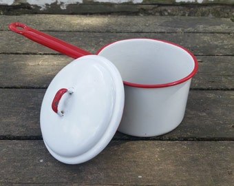 Enamelware sauce pan vintage, chippy enamelware pot, farmhouse kitchen decor